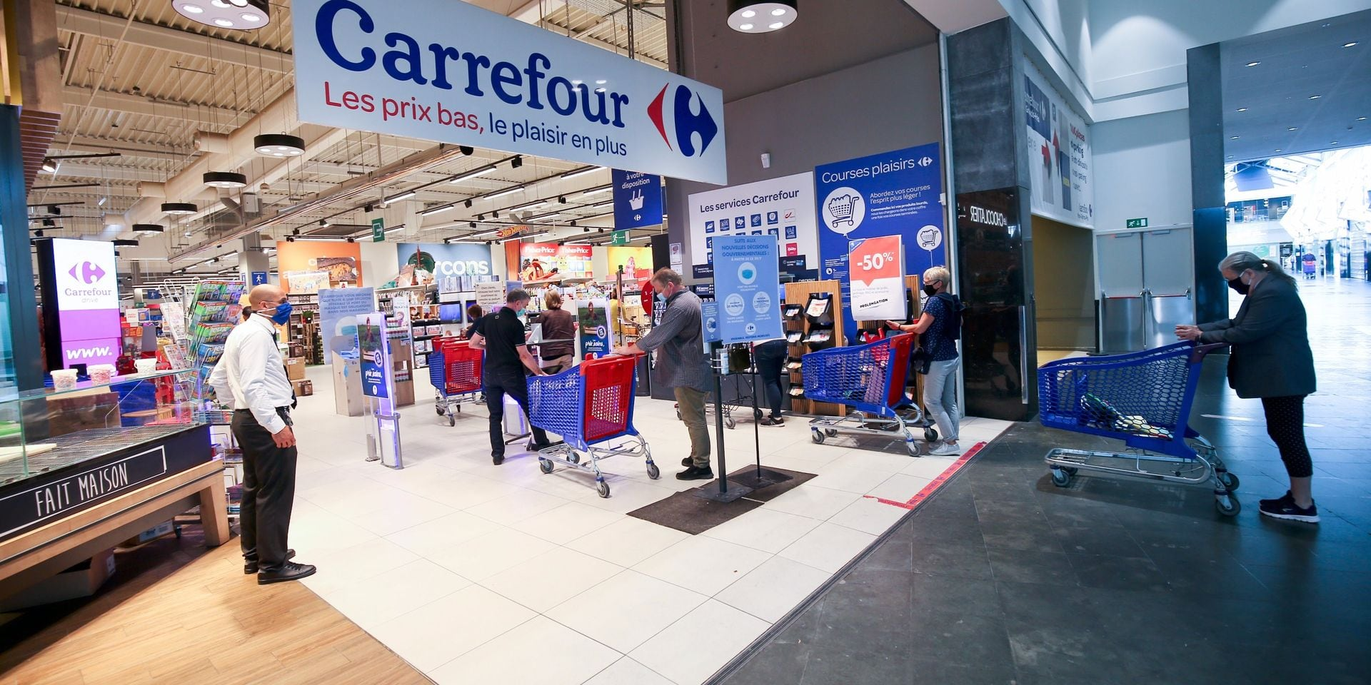 Bientôt la fin des files dans les magasins ? Carrefour teste le passage en caisse sur rendez-vous