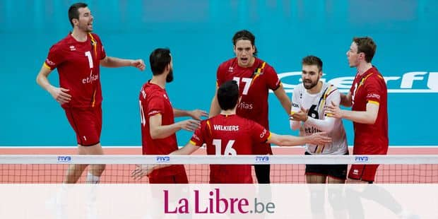 Red Dragons celebrate during a World League game between the Red Dragons, Belgian national volleyball team and France, Sunday 18 June 2017, at the Lotto Arena in Antwerp. BELGA PHOTO KRISTOF VAN ACCOM