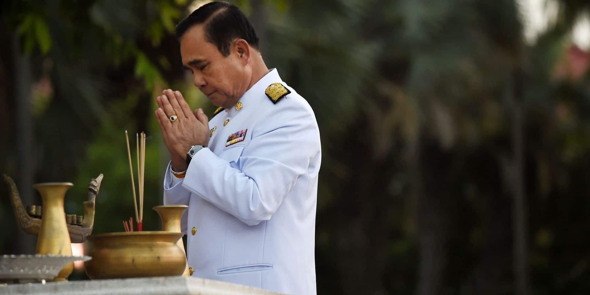 Thaïlande: le grand retour à un gouvernement civil, du moins en apparence?