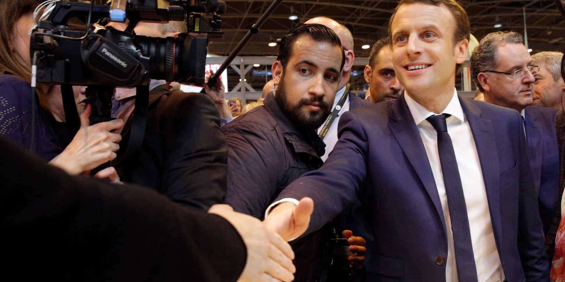 """""""Le gorille a été protégé"""", """"un climat nauséabond"""" : dans l'affaire Benalla, la presse française soupçonne Macron"""