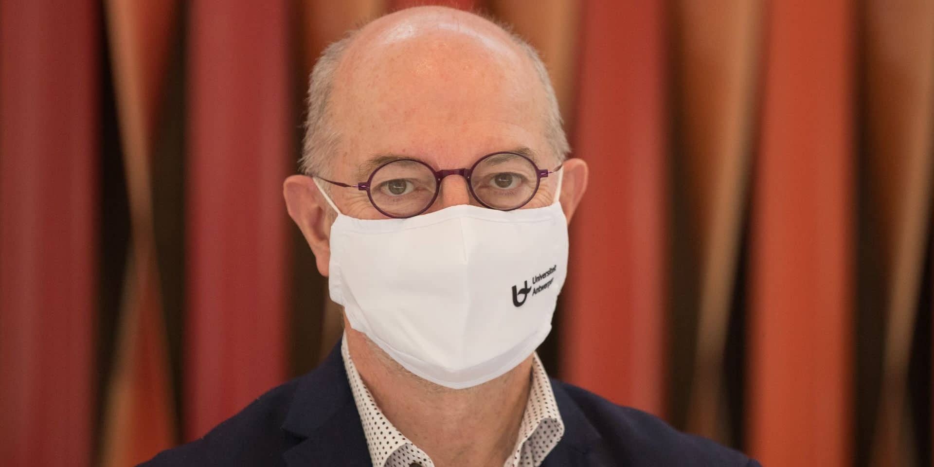 """L'épidémiologiste Pierre Van Damme: """"Notre système de santé va s'écrouler dans 10 jours, cette deuxième vague sera pire que la première"""""""