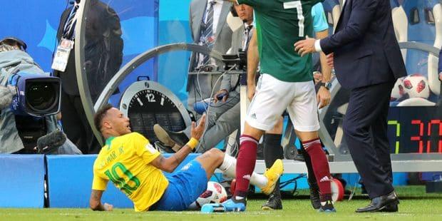 """Neymar: """"Je me moque des critiques. C'est plus une tentative de me déstabiliser qu'autre chose"""" - La Libre"""