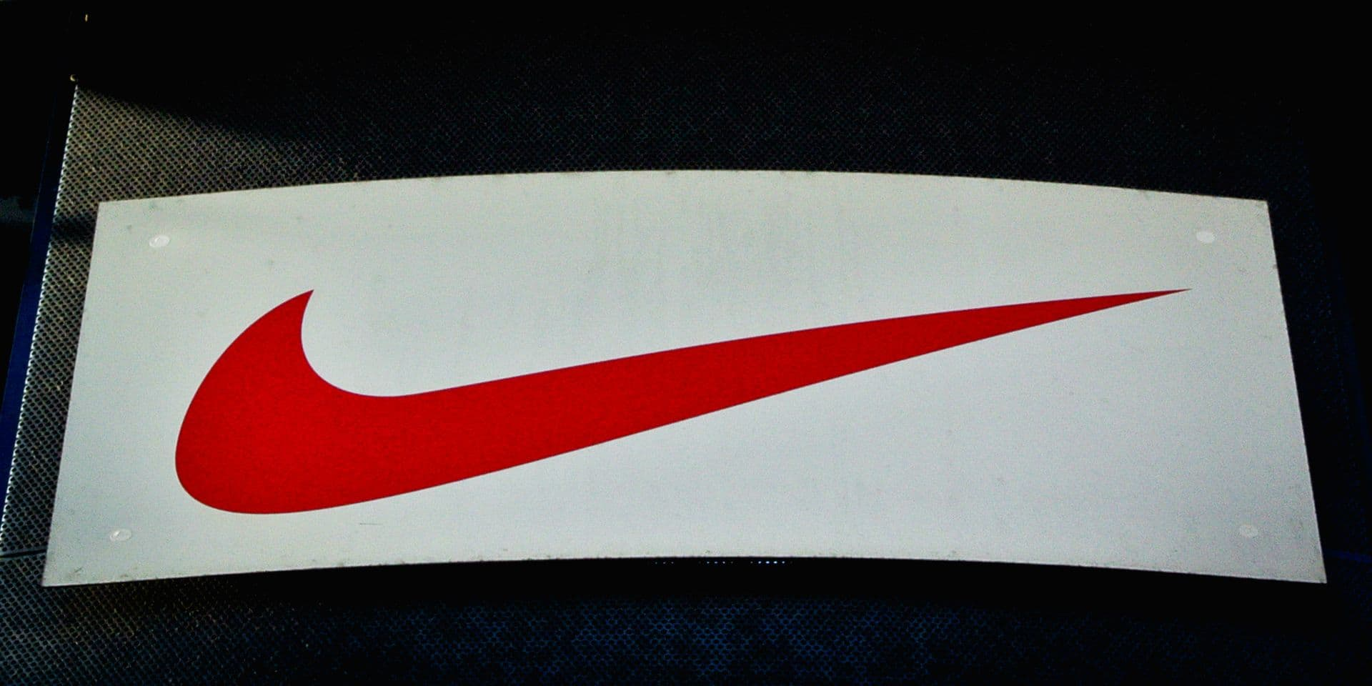 Développement de l'activité en ligne et bons résultats: l'action Nike bondit de 12% en bourse