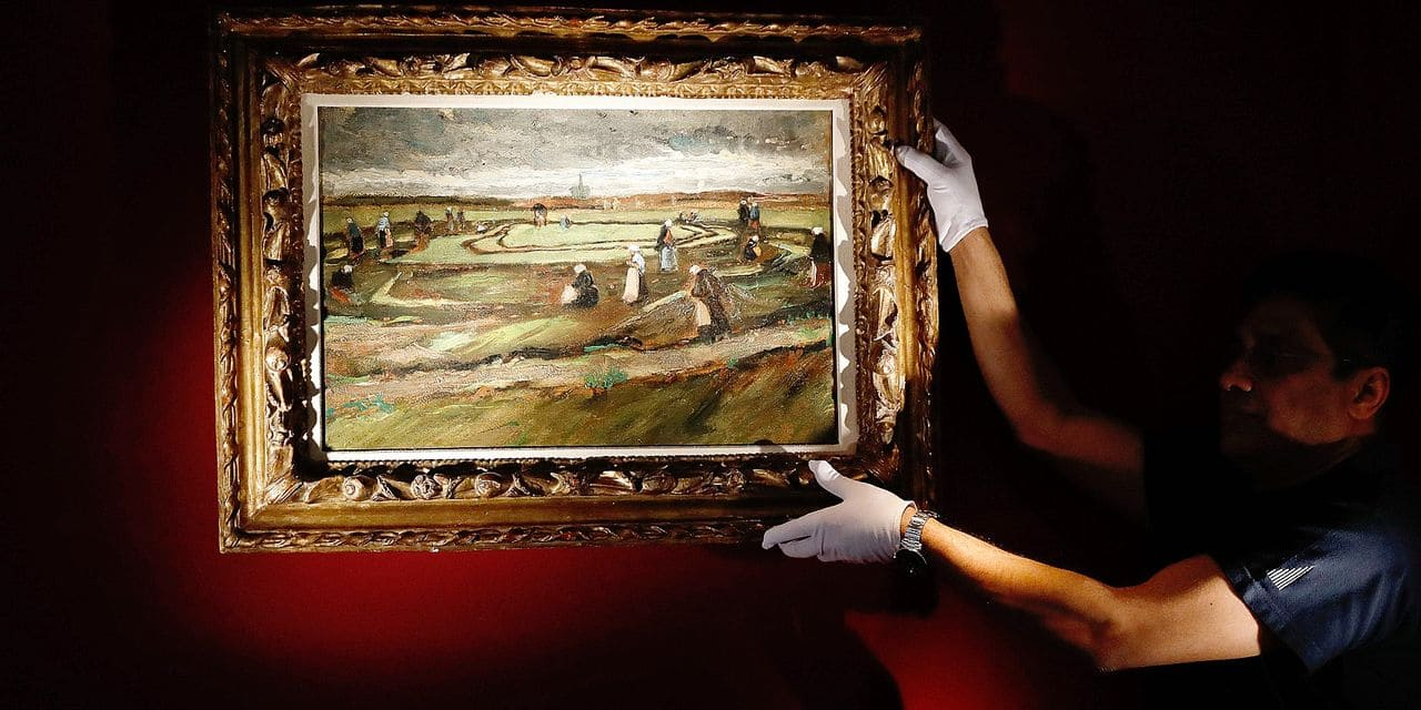 """(FILES) In this file photo taken on March 28, 2018 The painting """"Raccommodeuses de filet dans les dunes"""" (Women Mending Nets in the Dunes) by late Dutch artist Vincent Van Gogh is presented at Artcurial auction house in Paris. The painting """"Raccommodeuses de filet dans les dunes"""" (Women Mending Nets in the Dunes) by late Dutch artist Vincent van Gogh is set to be sold at auction in Paris on June 4, 2018. / AFP PHOTO / PATRICK KOVARIK / RESTRICTED TO EDITORIAL USE - MANDATORY MENTION OF THE ARTIST UPON PUBLICATION - TO ILLUSTRATE THE EVENT AS SPECIFIED IN THE CAPTION"""