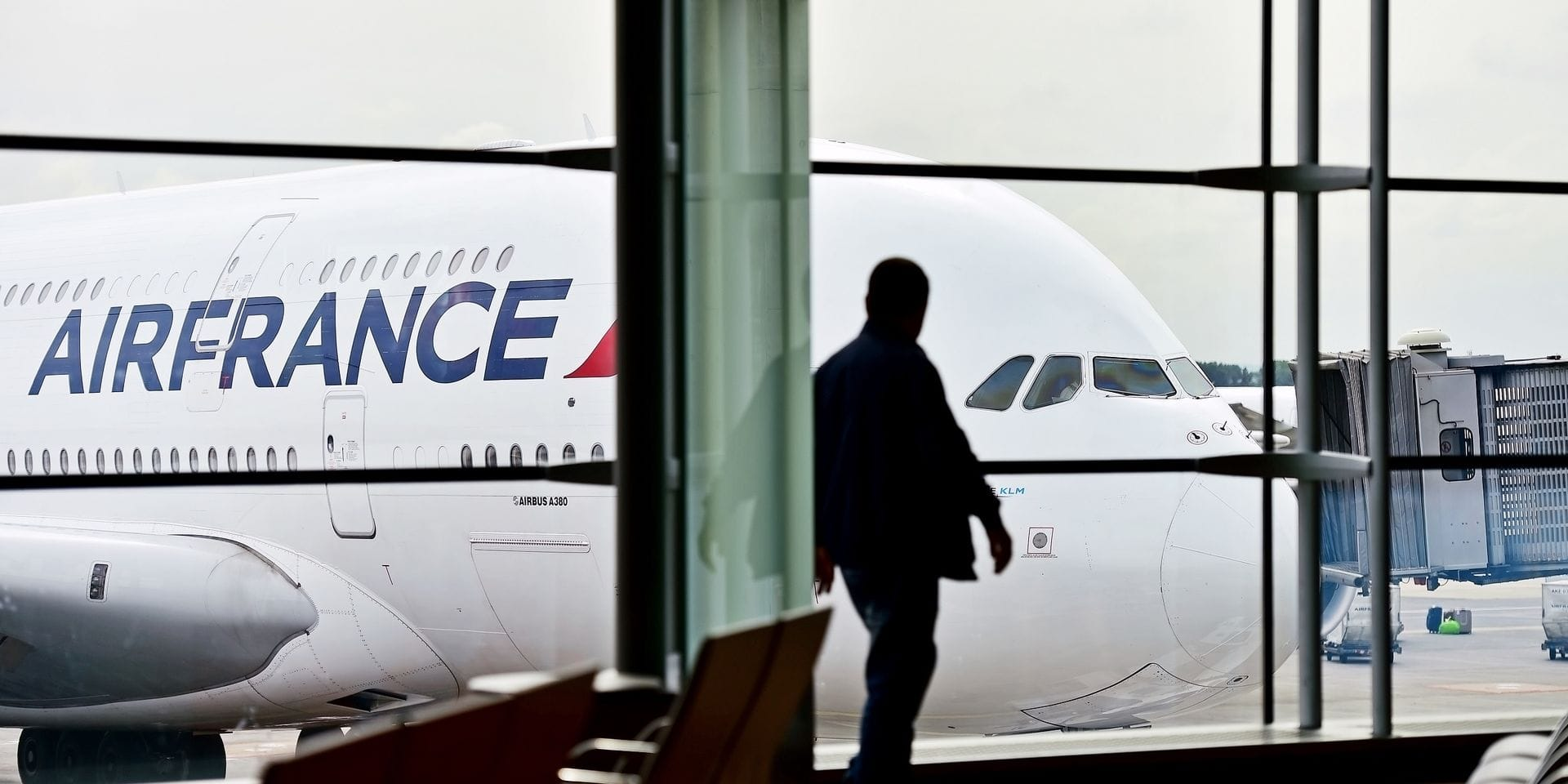 """Coronavirus: Air France-KLM prévoit de réduire son offre de """"70 à 90%"""" pendant deux mois"""