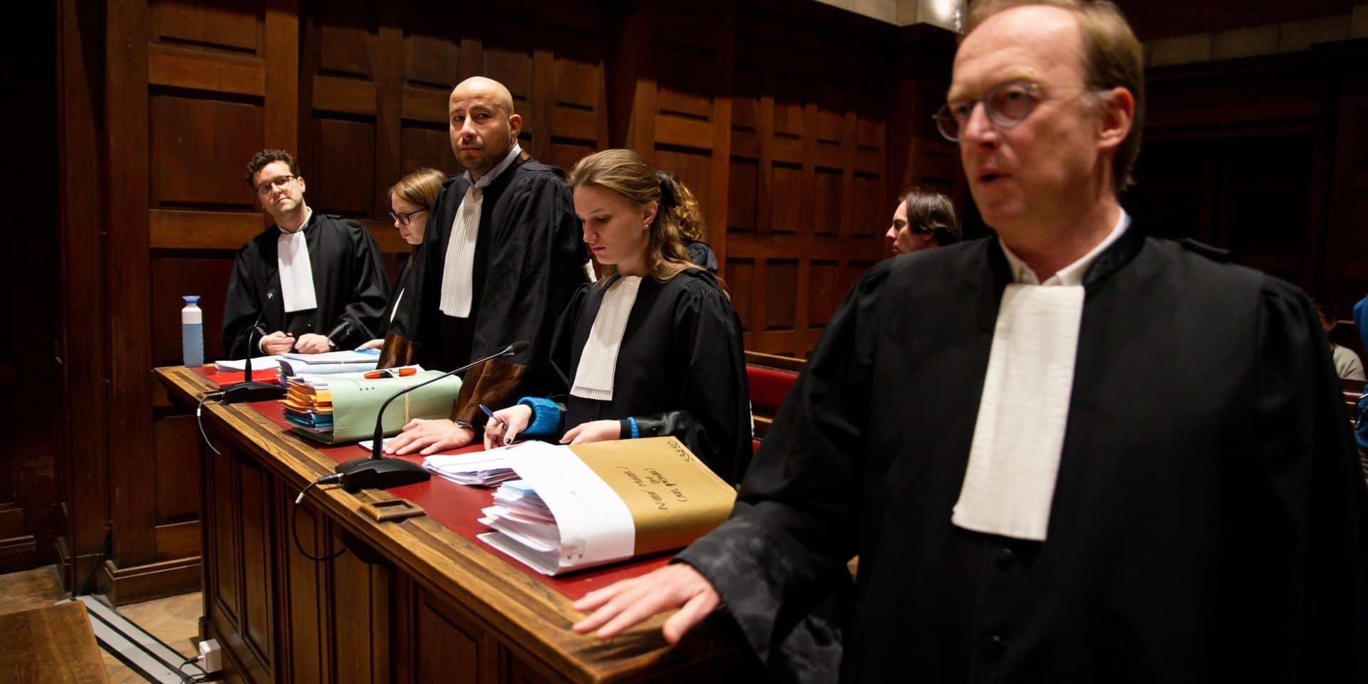 """Dossier de pédopornographie sans précédent en Belgique: le tribunal juge """"le dossier trop important"""" pour le huis clos"""