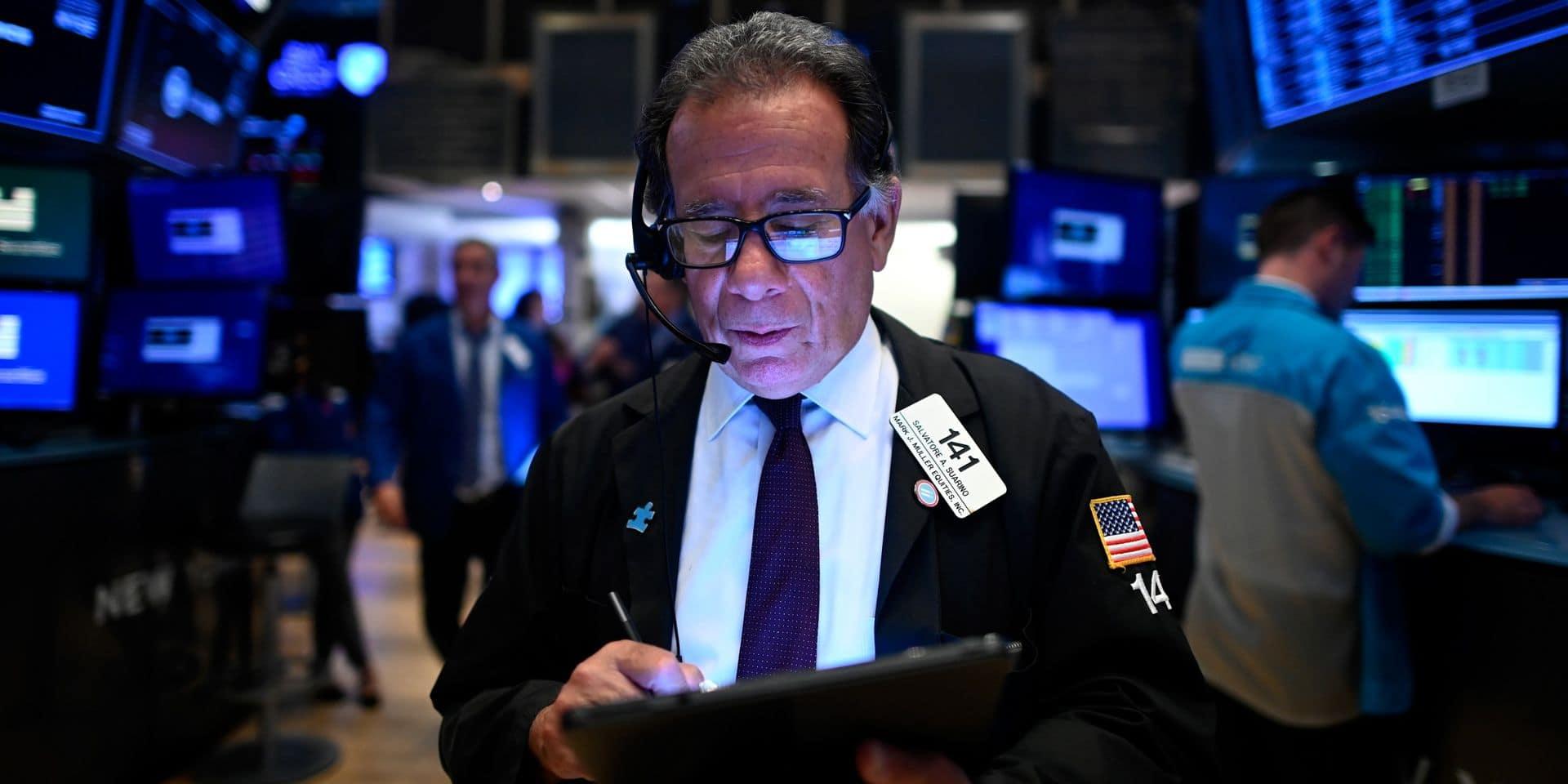 Wall Street ouvre en baisse, soufflant après plusieurs hausses