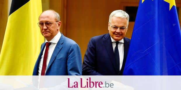 sp.a Johan Vande Lanotte and MR's Didier Reynders arrive for a press conference after they presented their fifth report to the King, in Brussels, Monday 29 July 2019. Vande Lanotte and Reynders have been appointed as informers after 26 May's regional, federal and European elections. BELGA PHOTO DIRK WAEM