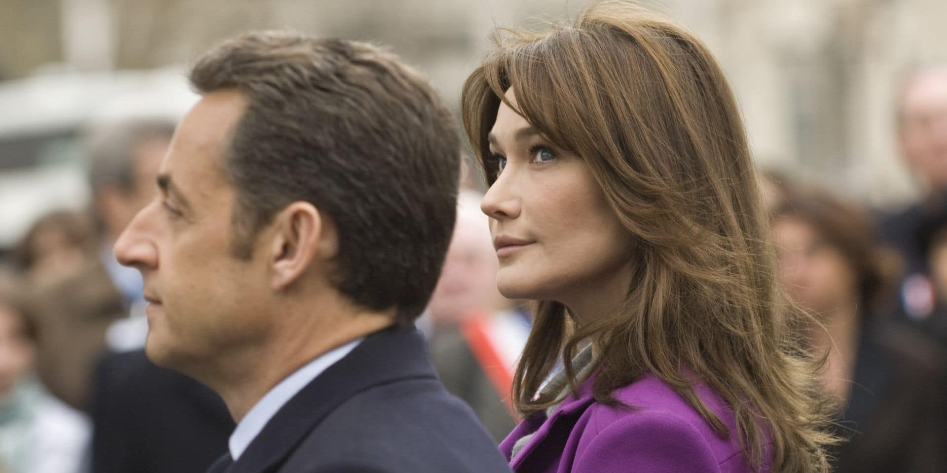 Pendant que son mari s'explique sur TF1, Carla Bruni poste une publication qui passe mal