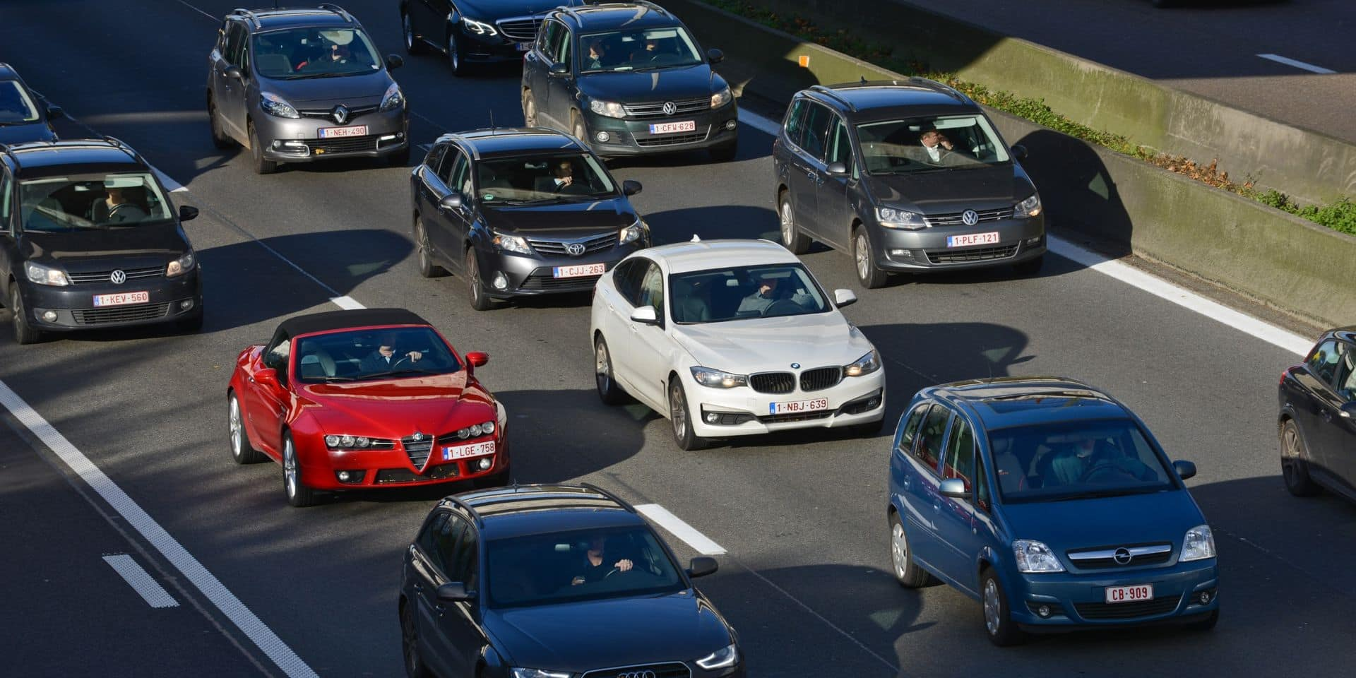 L'autoroute E40 fermée à la circulation à Adinkerke vers la France après un accident