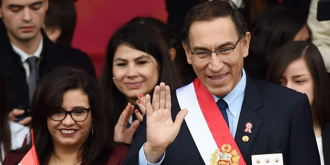 Six mois après sa vaccination polémique, l'ancien président du Pérou est testé positif
