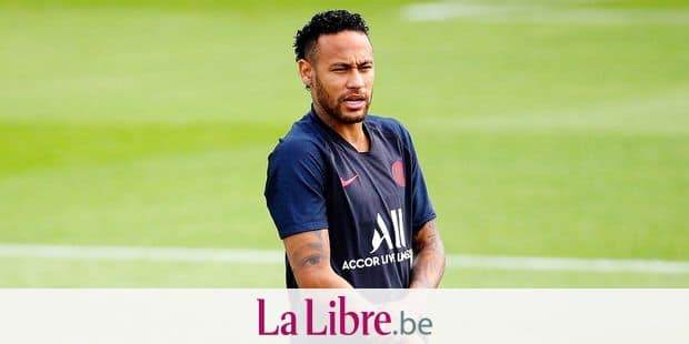 PSG's Neymar attends a training session at Camp des Loges in Saint Germain en Laye, outside Paris, France, Saturday, Aug. 10, 2019. (AP Photo/Francois Mori)