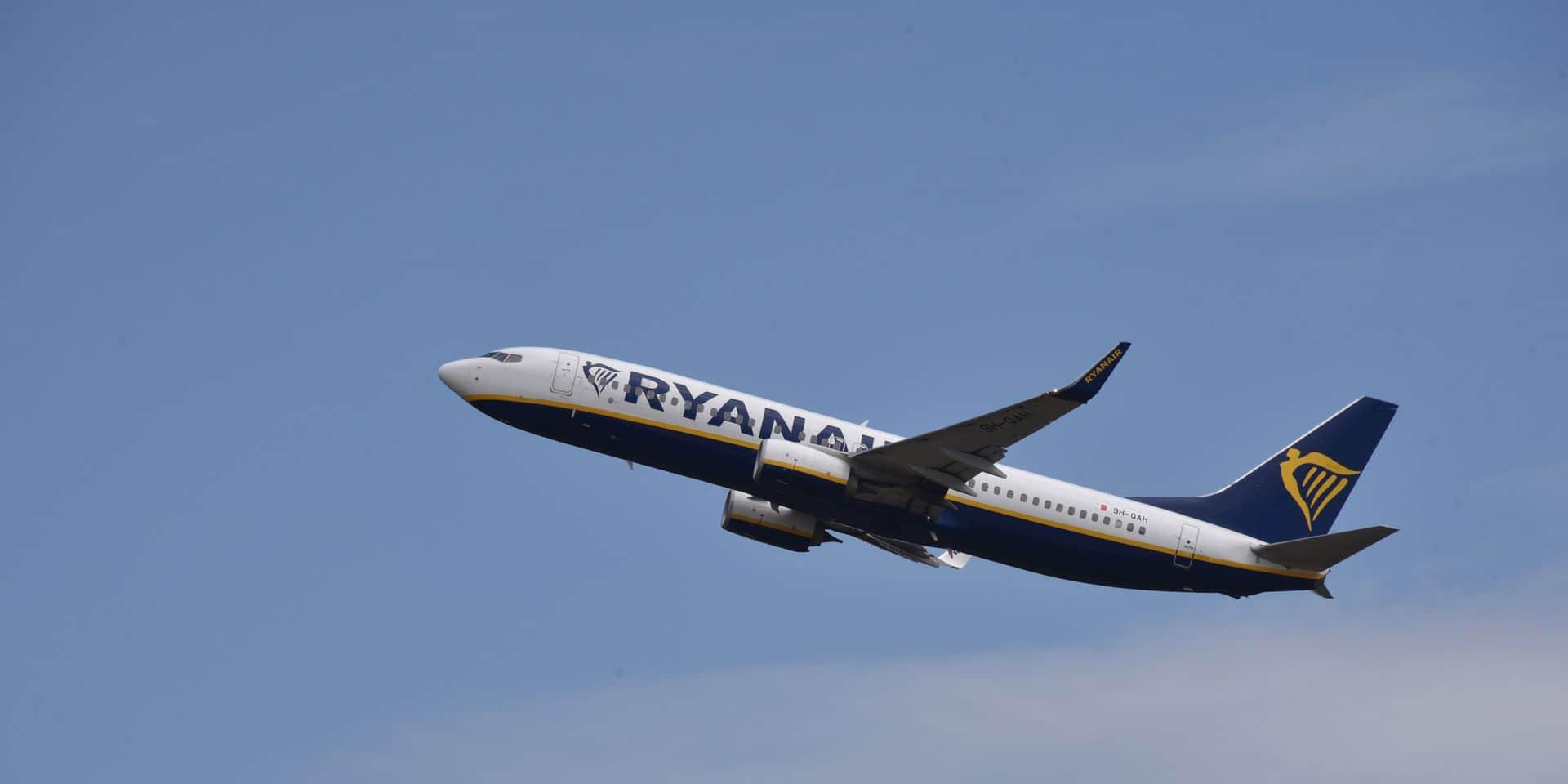 """""""Ryanair intimide à nouveau son personnel"""""""