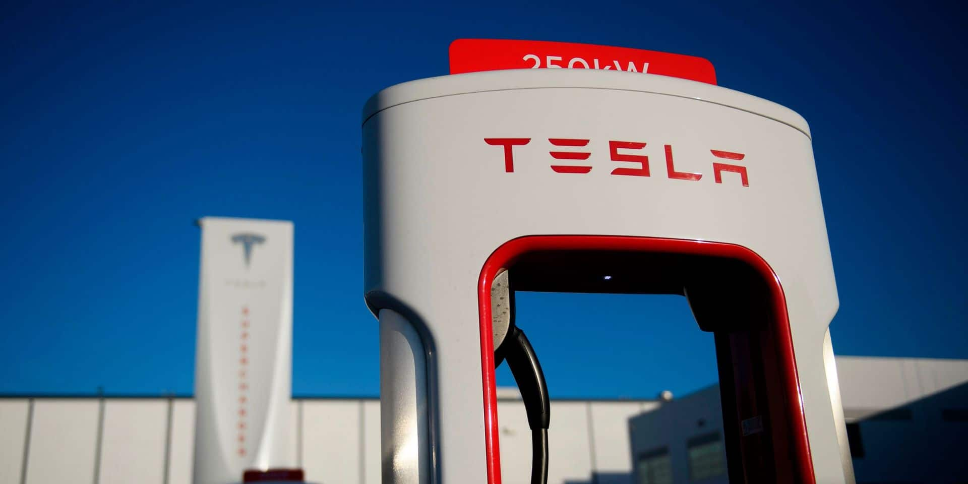 Tesla prié de rappeler 158 000 voitures pour un défaut lié à la sécurité