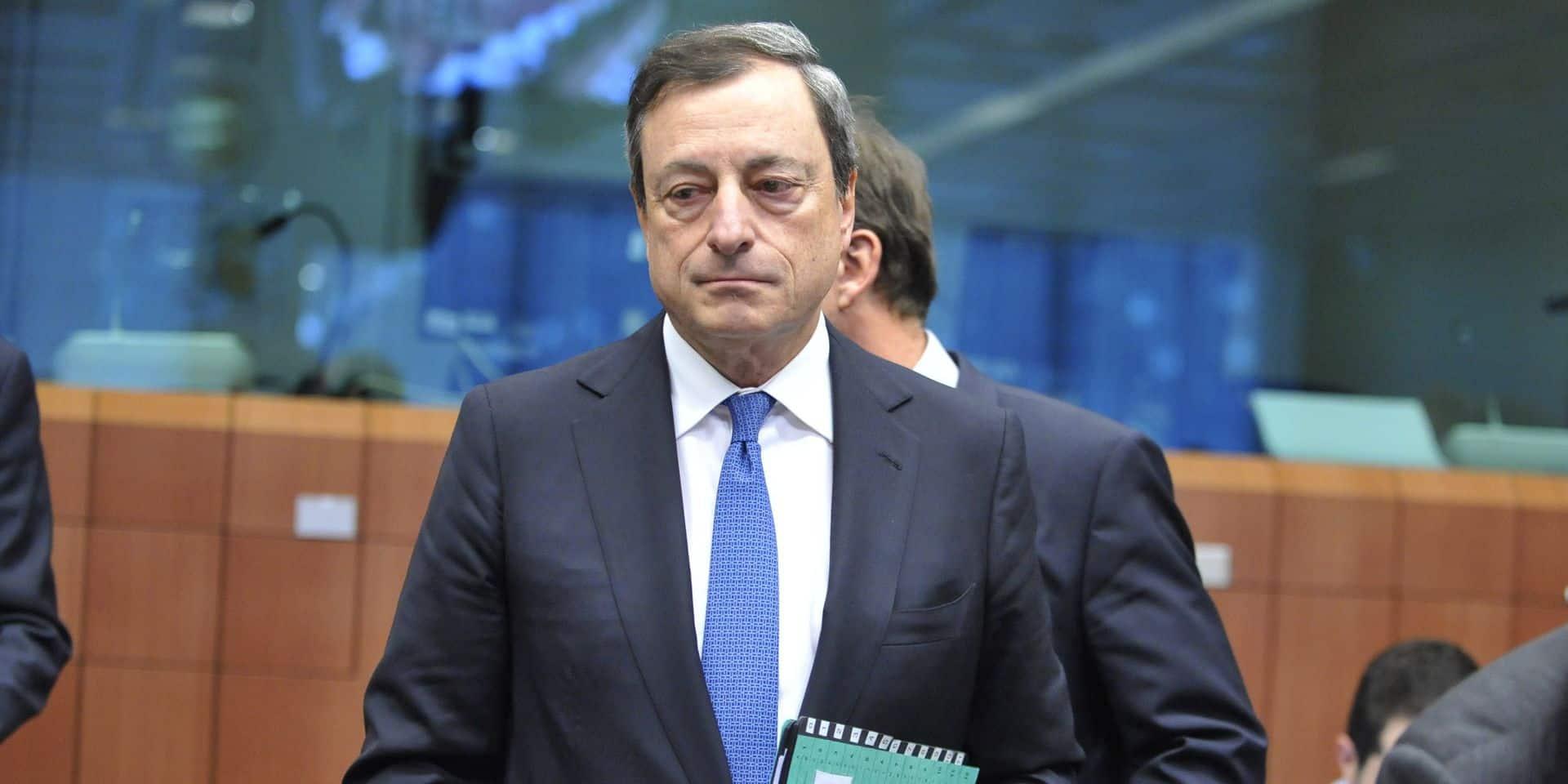 Mario Draghi sort le bazooka: une stratégie à double tranchant