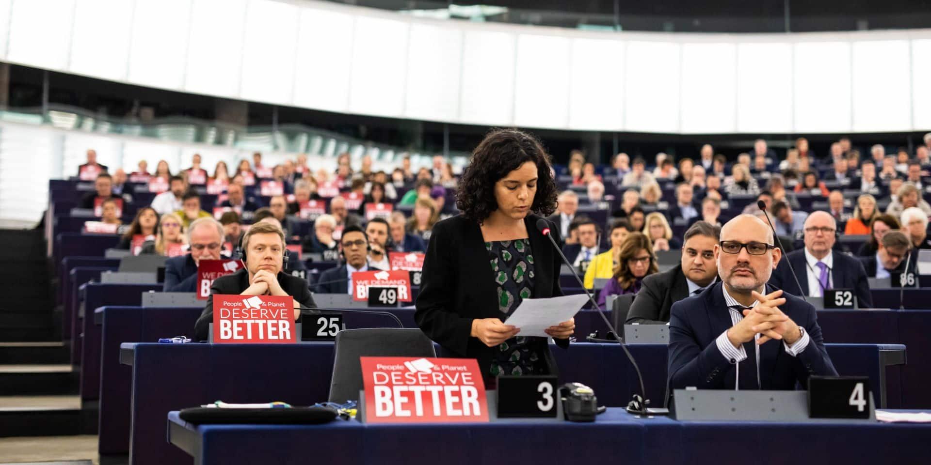 """Une députée européenne dénonce les cadeaux des lobbies: """"On a été super gâtés"""""""
