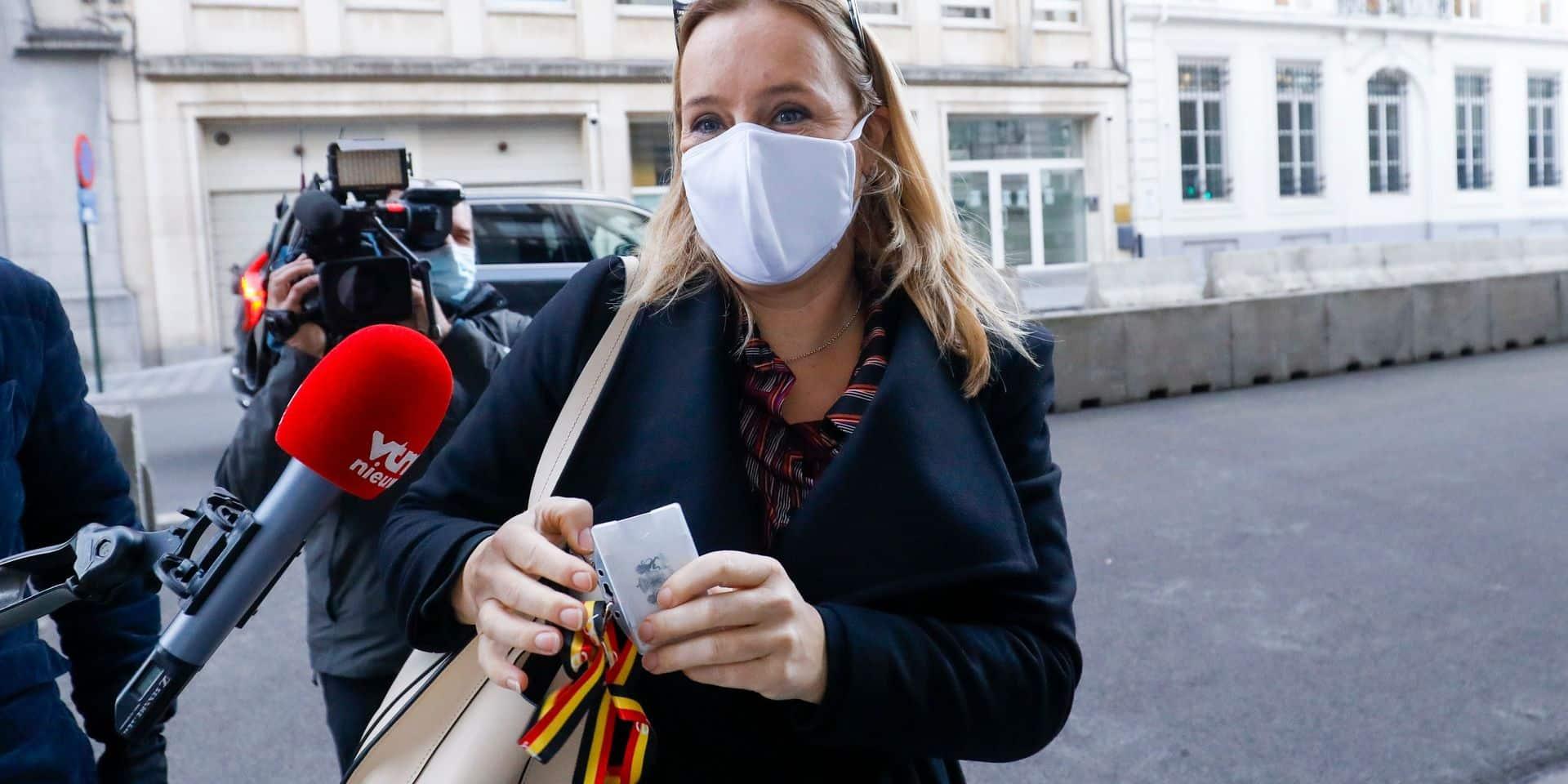 """Eva De Bleeker : """"Un budget compréhensible pour tous"""""""