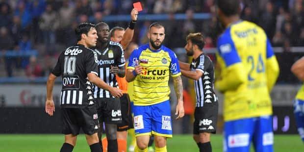 Football: réduit à neuf, Charleroi est accroché à Waasland-Beveren (1-1) - La Libre