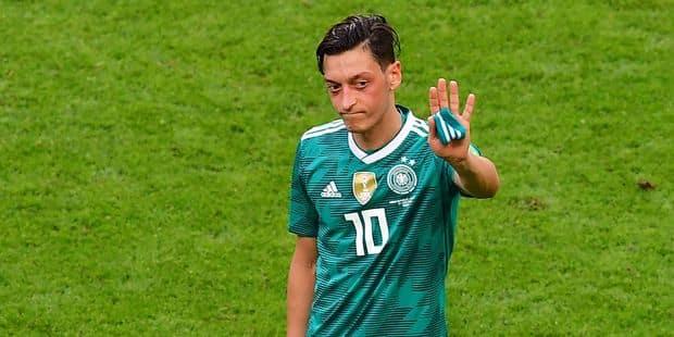 """Özil quitte la sélection allemande de football : """"Je ressens du racisme et du manque de respect à mon égard"""" - La Libre"""