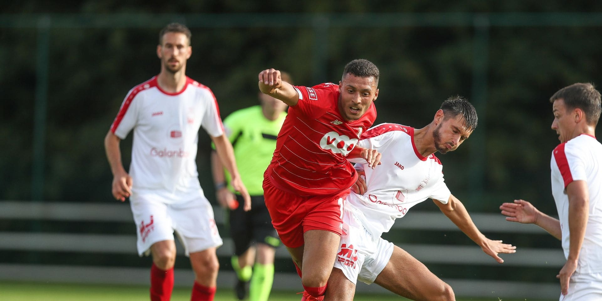 On a vécu le premier match post-Corona en Belgique: Standard - Stade waremmien