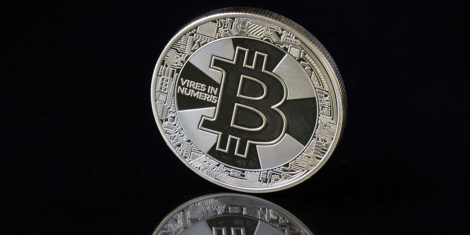 Régulateurs aux aguets et panne chinoise... sale week-end pour le bitcoin