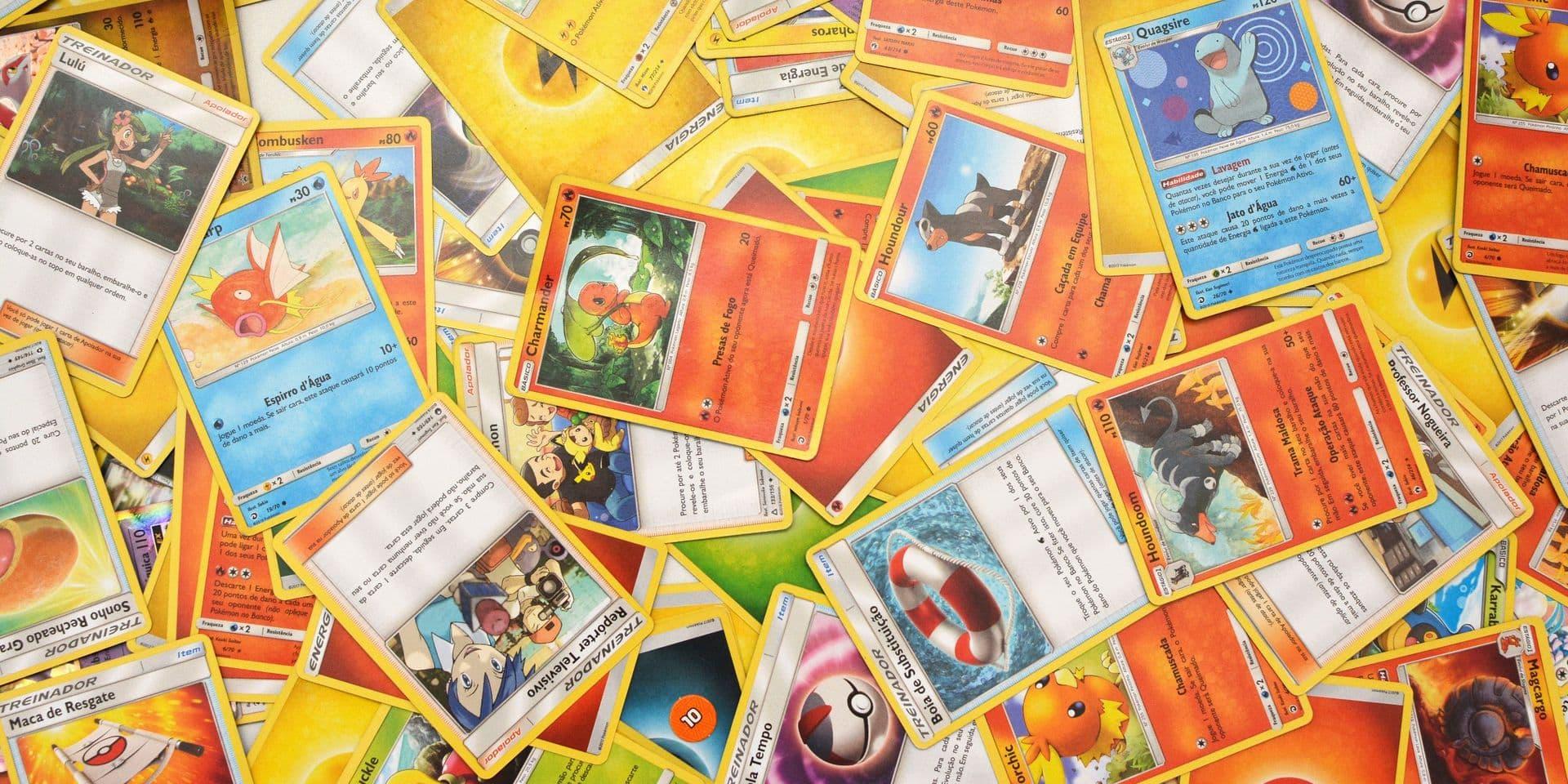 """La carte Pokémon arborant la créature nommée """"Dracaufeu"""" a été vendue pour 255 000 euros sur eBay la semaine dernière."""