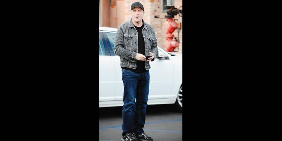 EXCLUSIVE: John Travolta went to a restaurant in Brentwood