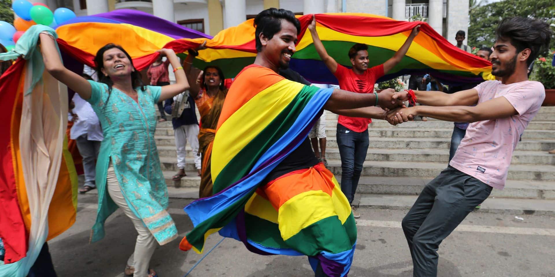 """En Inde, l'homosexualité n'est plus un délit mais tout n'est pas gagné : """"La discrimination ne va pas s'estomper de sitôt. La guerre continue"""""""