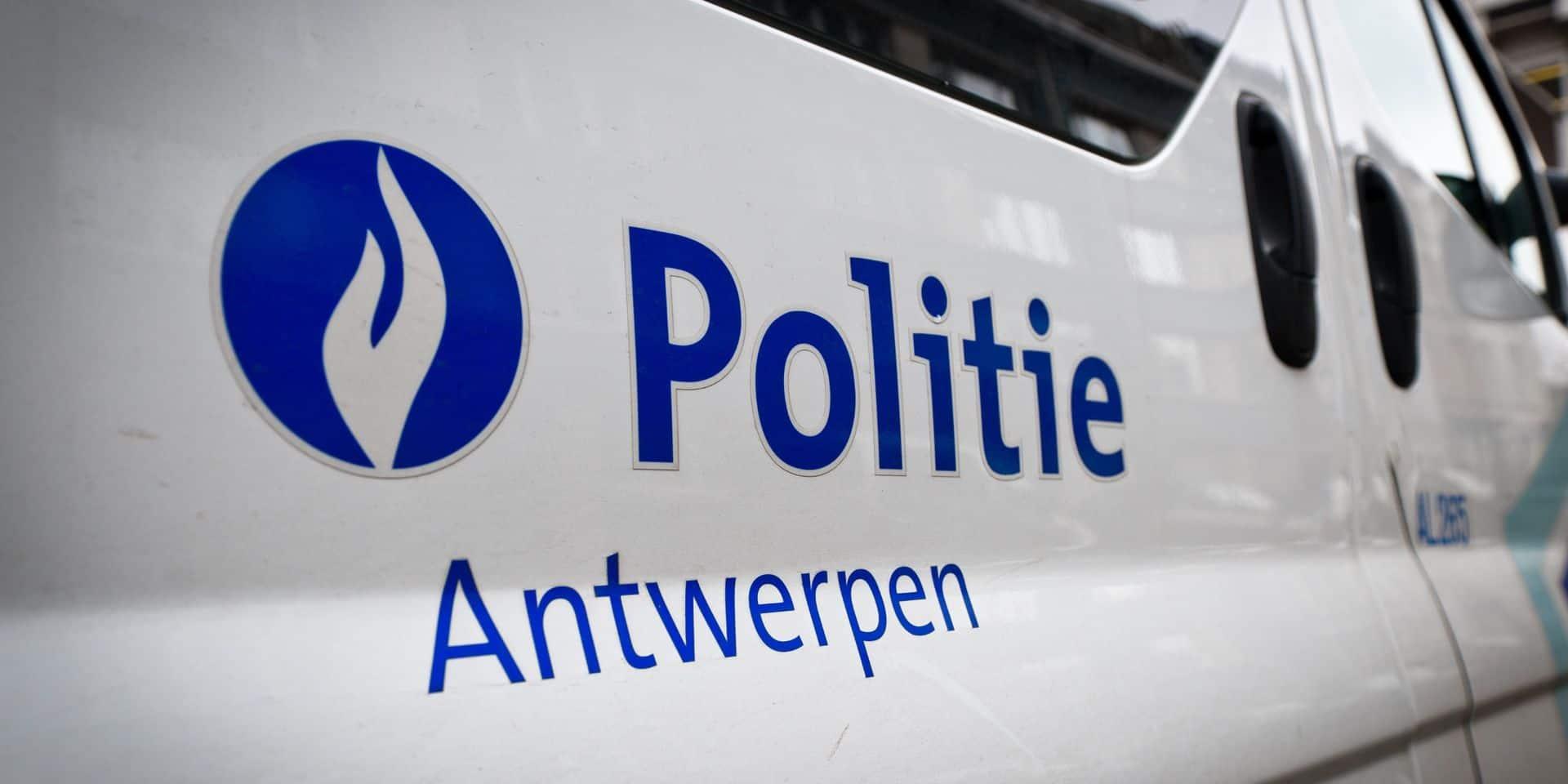 Décès d'un homme à Anvers après une intervention policière