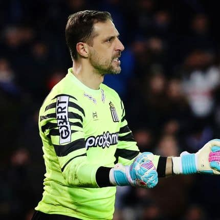 Charleroi's goalkeeper Nicolas Penneteau celebrates after he stopped a penalty during the Jupiler Pro League match between Club Brugge and Sporting Charleroi, in Brugge, Sunday 04 February 2018, on day 25 of the Jupiler Pro League, the Belgian soccer championship season 2017-2018. BELGA PHOTO VIRGINIE LEFOUR