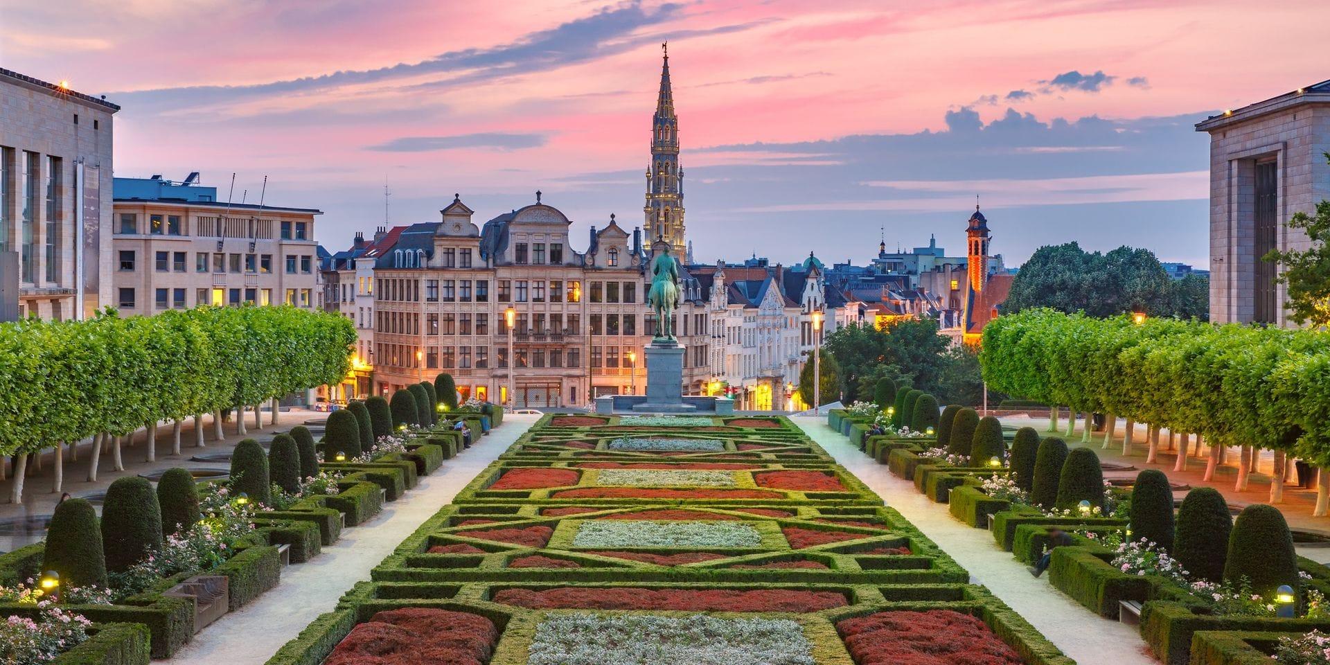 Bruxelles obtient un score élevé pour ses infrastructures de transport, grâce à l'accessibilité du rail, des bus, des aéroports et des ports.