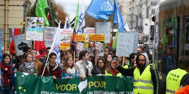 L'ensemble des syndicats de l'enseignement dépose un préavis de grève pour le 16 mai - La Libre