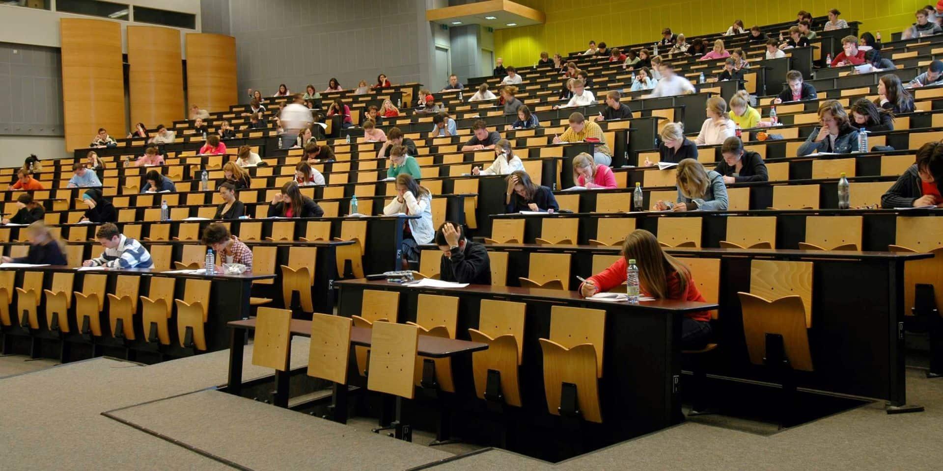 Maintenir les évaluations pour favoriser la responsabilisation des étudiants