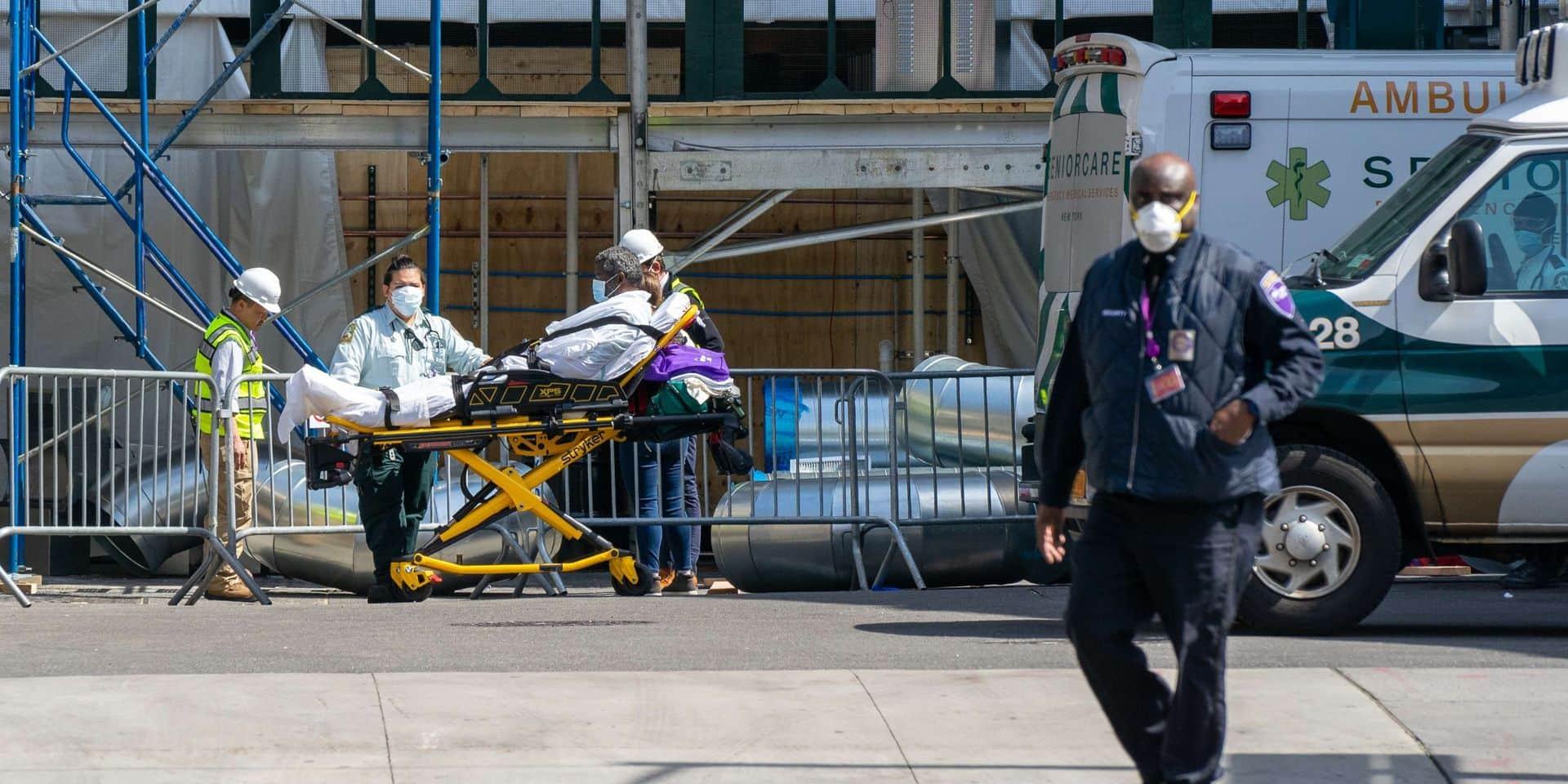 Coronavirus: pire bilan journalier mondial pour les Etats-Unis avec près de 2.000 morts en 24H