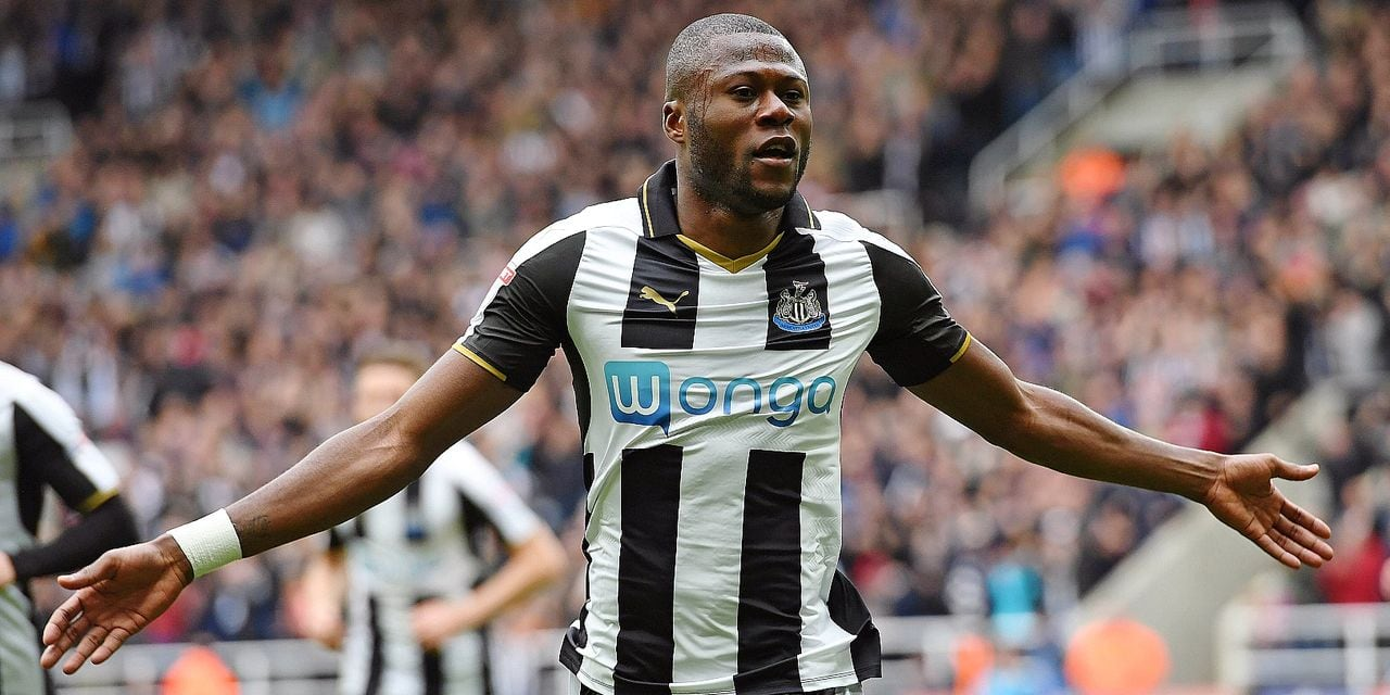 Chancel Mbemba of Newcastle United celebrates scoring his side s second goal during the Sky Bet Cham