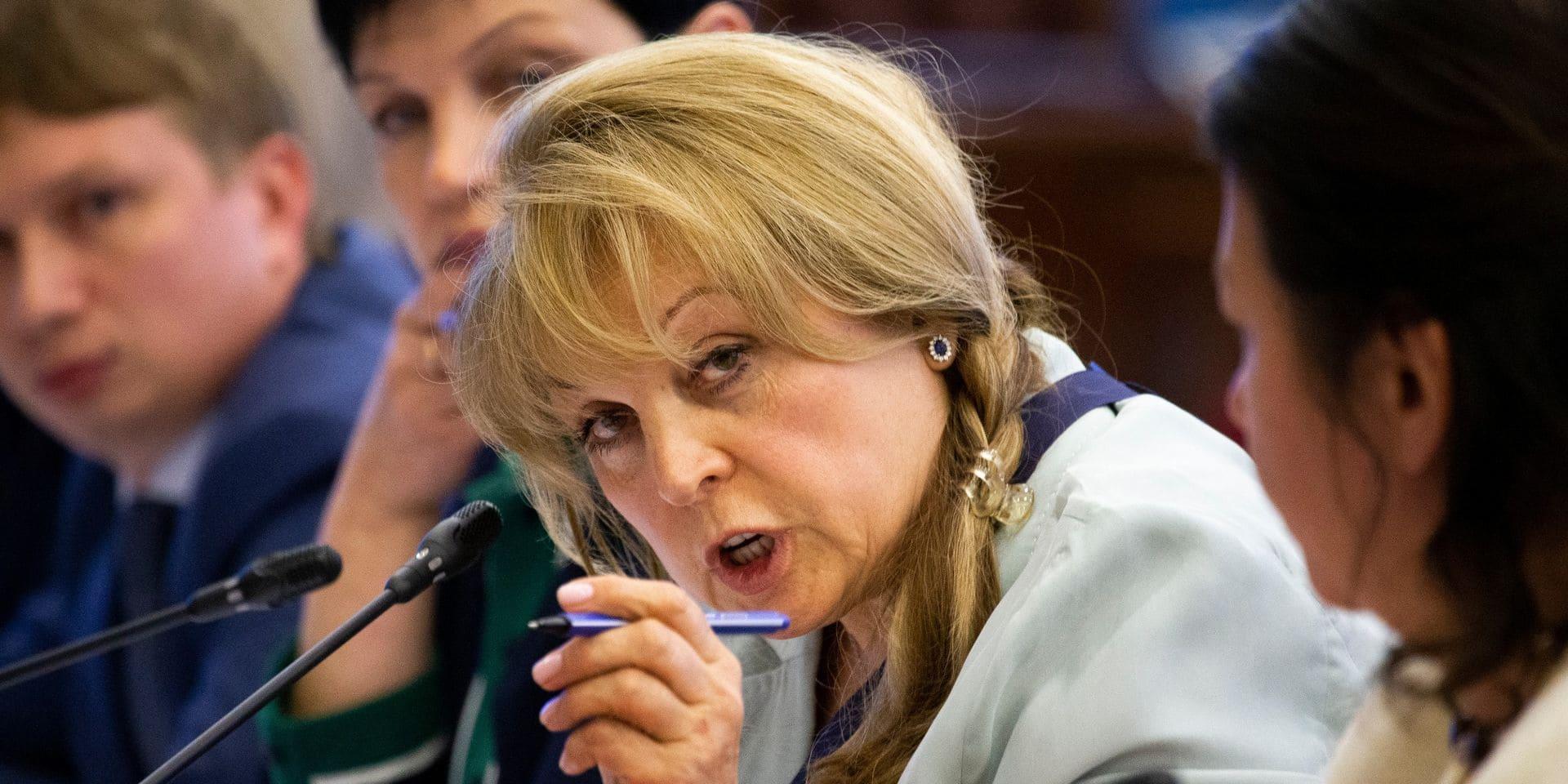 Russie: la présidente de la commission électorale attaquée au taser à son domicile