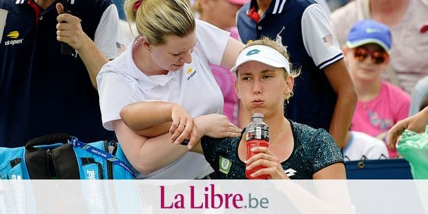 Belgian Elise Mertens receives a medical time-out during a tennis match between Belgian Elise Mertens (WTA 15) and Japanese Kurumi Nara (WTA 99), in the first round of the women's singles at the 118th US Open Grand Slam tennis tournament, at Flushing Meadow, in New York City, USA, Monday 27 August 2018. BELGA PHOTO YORICK JANSENS