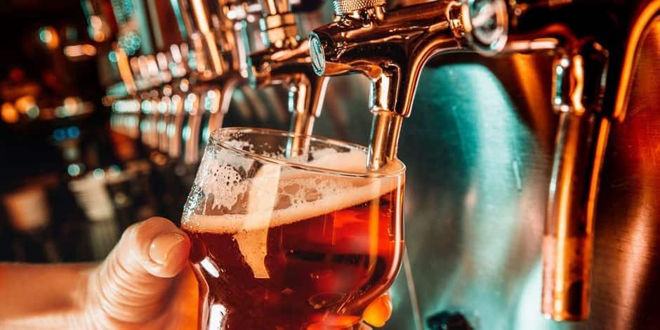 """Le Cimetière d'Ixelles attend la réouverture de ses bars et restaurants: """"J'ai peur que mes clients un peu alcoolisés ne soient pas en mesure de respecter les mesures sanitaires"""""""