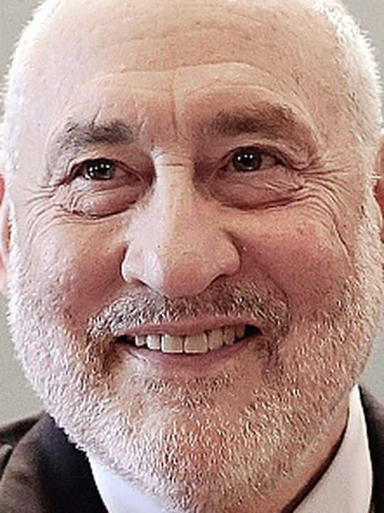 Economy Nobel Price Joseph Stiglitz is pictured during a hearing of finances commission, at the National Assembly in Paris, France, on January 13, 2015. Photo by Stephane Lemouton/ABACAPRESS.COM Reporters / Abaca
