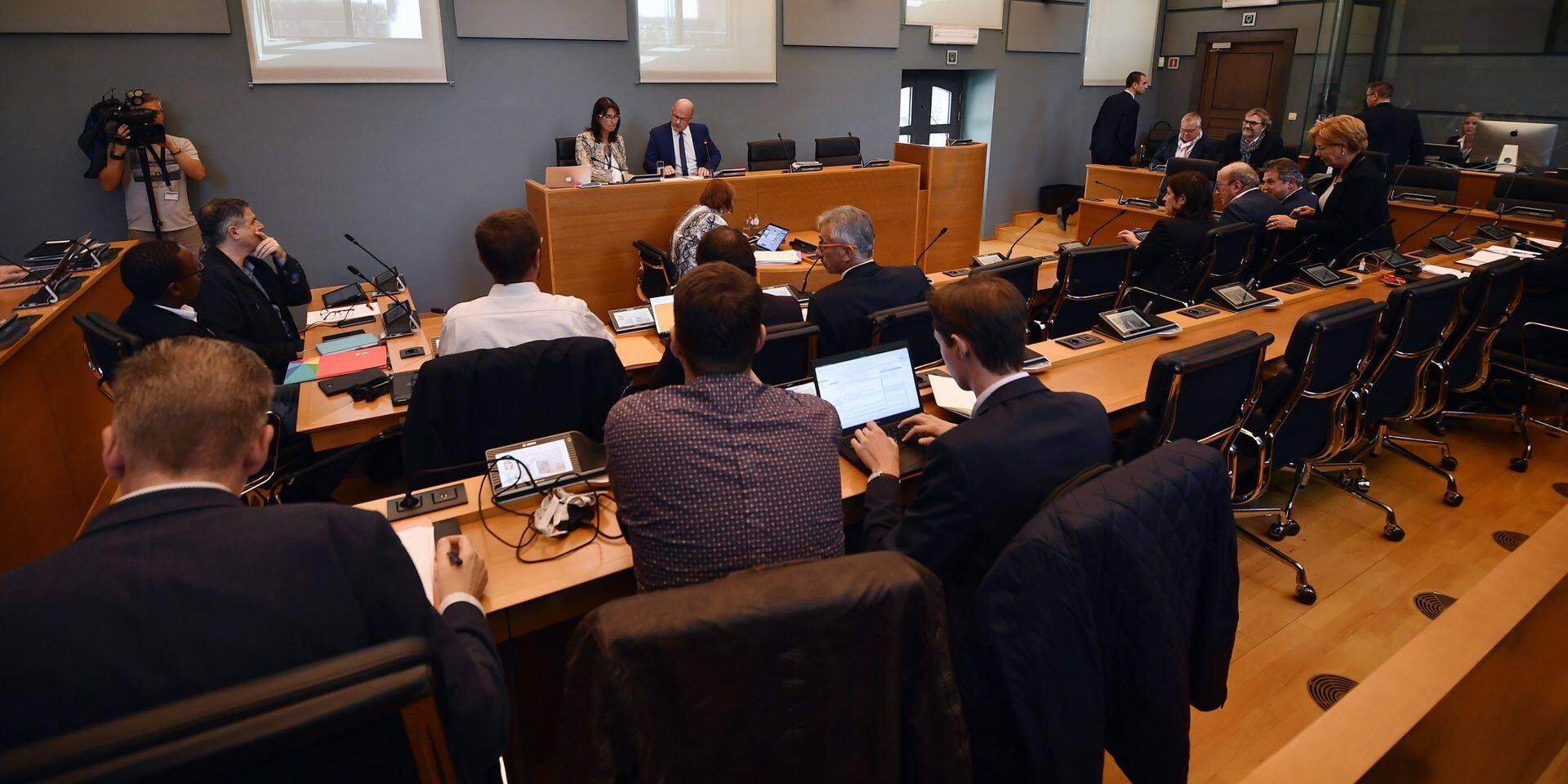 Affaire Nethys: le gouvernement wallon a donné un sacré coup de pied dans la fourmilière mais l'incertitude demeure
