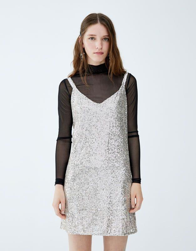 Robe Pull&Bear : 35,99 euros
