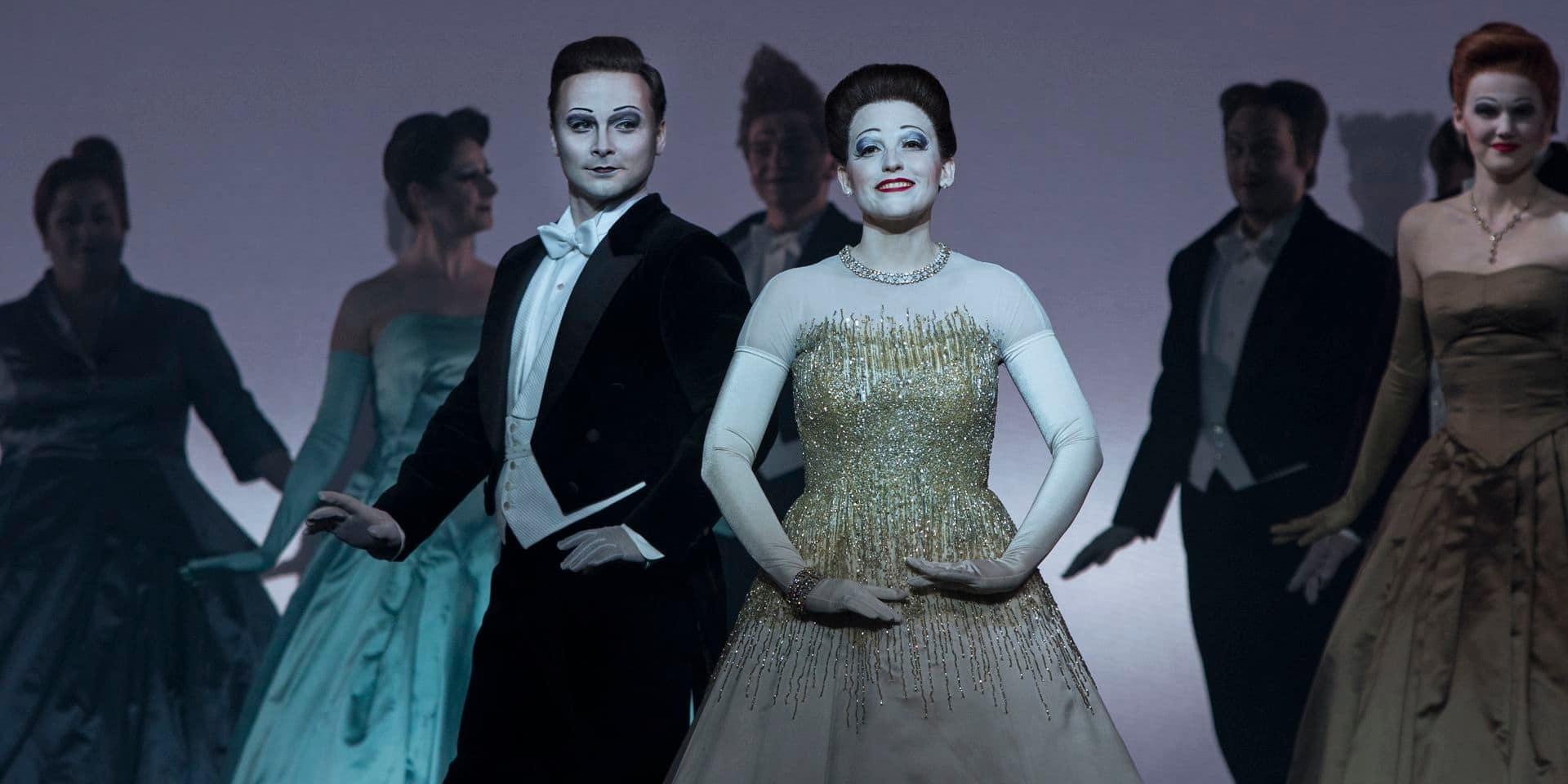 Une Traviata glacée et pourtant bouleversante signée Currentzis et Wilson