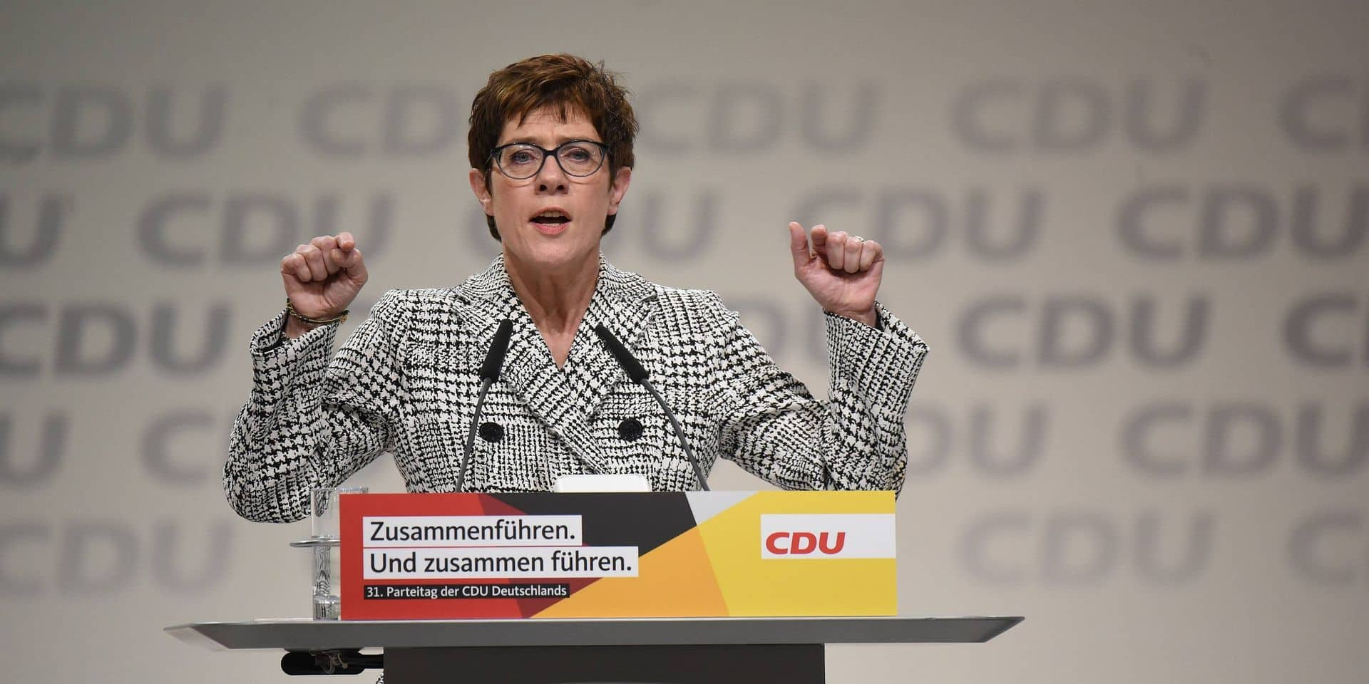 Allemagne: la pandémie de Covid-19 reporte la désignation présidentielle de la CDU, AKK reste présidente jusque décembre