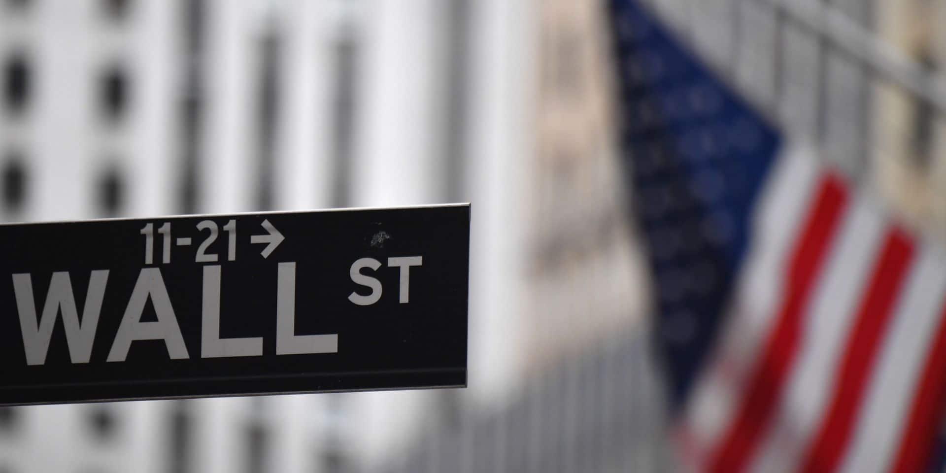 Wall Street grimpe, rassurée par la sortie imminente de l'hôpital de Trump