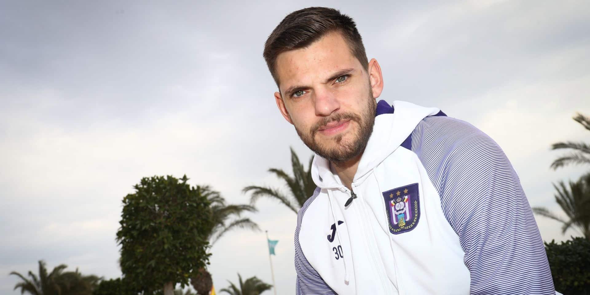 Pas de nouveau contrat pour Hendrik Van Crombrugge à Anderlecht