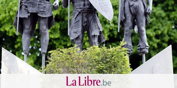 Illustration picture shows a bust of King Leopold II of Belgium in front of three Africans in native tribe attire, at a press visit to the Royal Museum for Central Africa in Tervuren, Thursday 31 May 2018. The museum has been closed for renovation since 2013, it will reopen for the public on December 8th. BELGA PHOTO ERIC LALMAND