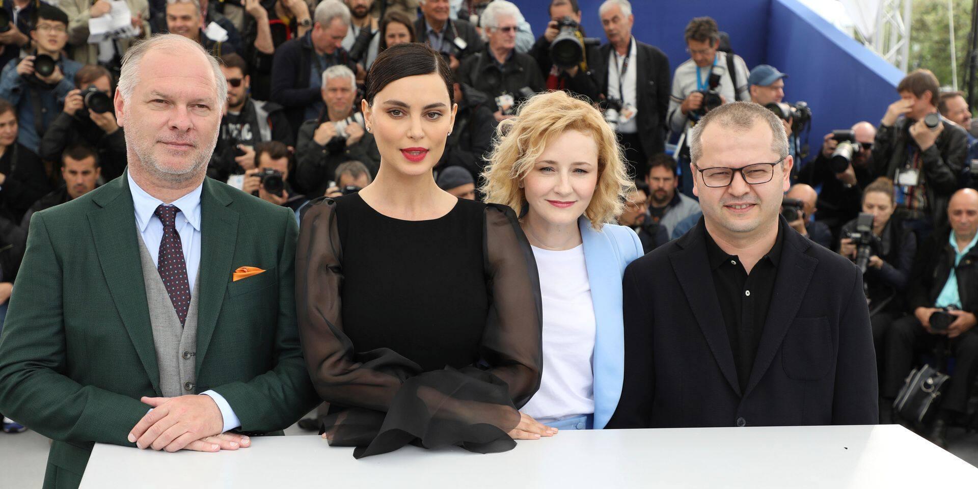 """A Cannes, """"La Gomera"""" de Porumboiu, le film qui aime se faire siffler"""