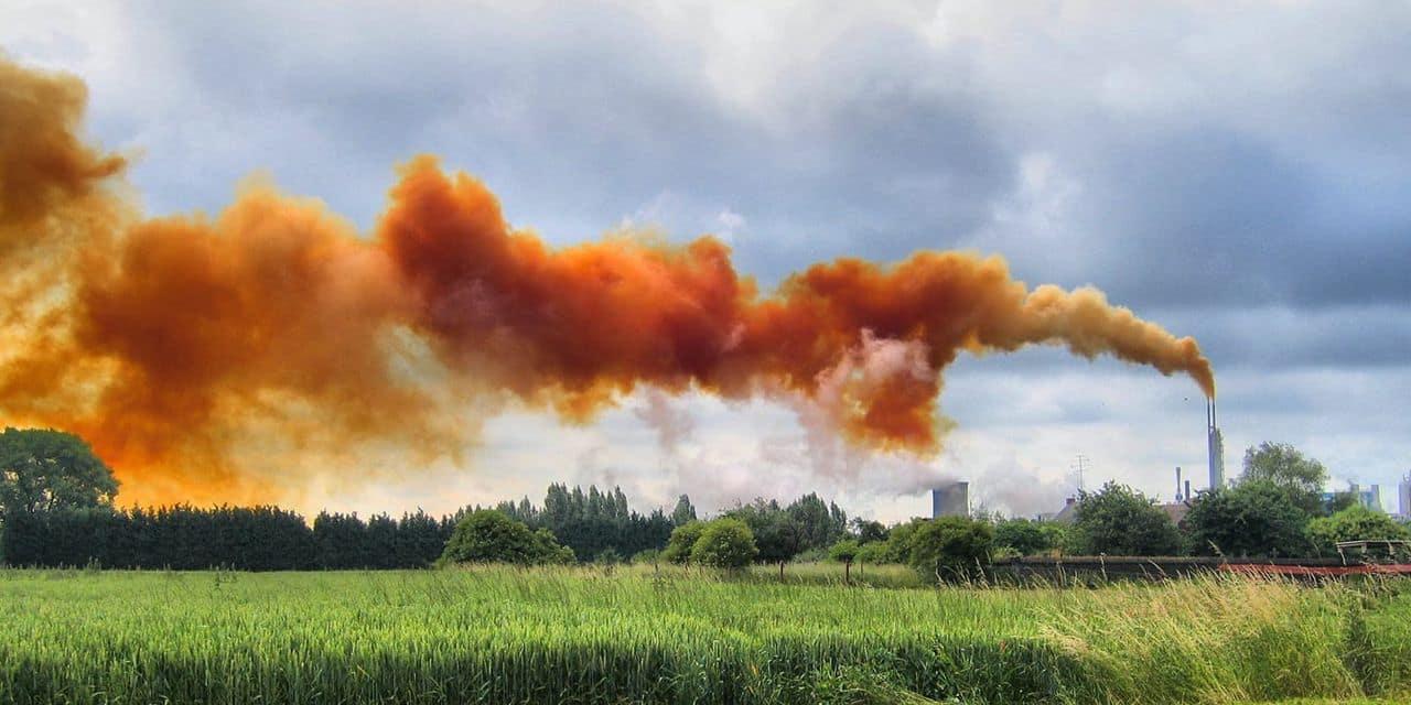 """Tertre: après la diffusion d'une photo """"retouchée"""" des fumées dégagées par Yara, la ville tempère"""