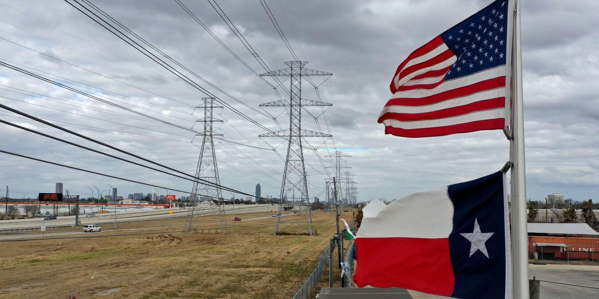 Froid au Texas: après les plombs, les responsables sautent