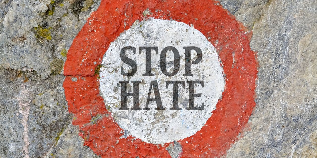 """""""L'année 2019 a vu une augmentation des plaintes pour incitation à la haine, surtout sur les réseaux sociaux"""""""